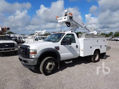 2008 FORD F550 XL w/Altec AT235P Bucket Truck