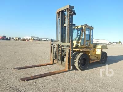 CATERPILLAR DP135 27500 Lb Forklift