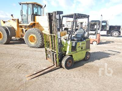 CLARK GPS15 2475 Lb Forklift