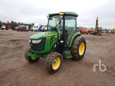 JOHN DEERE 4044R Utility Tractor