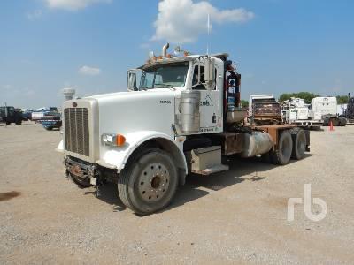 2012 PETERBILT 367 T/A Winch Tractor
