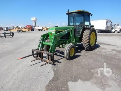 JOHN DEERE 2955 2WD Tractor
