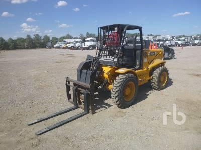 JCB 520 4400 Lb 4x4 Telescopic Forklift