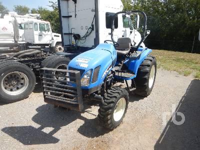 NEW HOLLAND TC45DA MFWD Tractor
