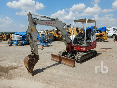 2015 TAKEUCHI TB240 Mini Excavator (1 - 4.9 Tons)