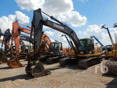 2010 JOHN DEERE 200D LC Hydraulic Excavator