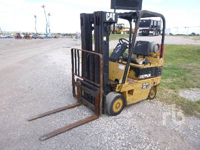 CAT T50E 5000 Lb Forklift