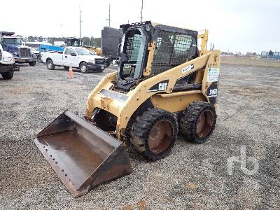 2005 CAT 246B Skid Steer Loader