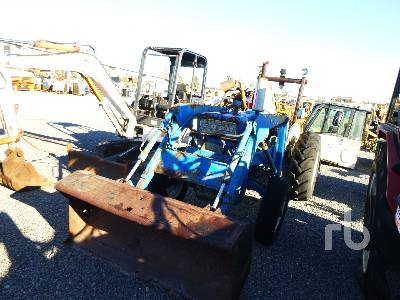 FORD 4000 4WD Tractor