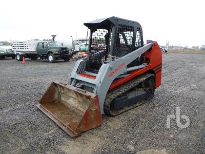 2004 TAKEUCHI TL130 Multi Terrain Loader