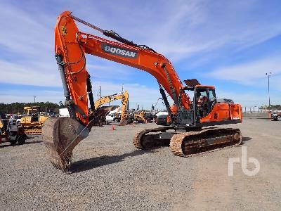 2018 DOOSAN DX300 Hydraulic Excavator