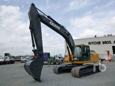 2011 JOHN DEERE 250G LC Hydraulic Excavator