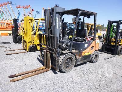 2014 DOOSAN D30S-5 Forklift