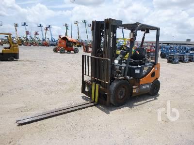 DOOSAN 5000 Lb Forklift