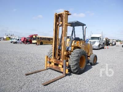 CASE 586E 6000 Lb Rough Terrain Forklift