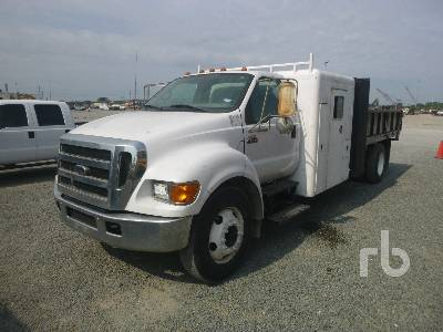 2004 FORD F650 Dump Truck (S/A)