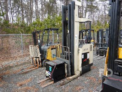 1994 CROWN RD3040-30 3000 Lb Stand Up Electric Forklift