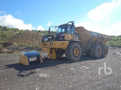 2012 JOHN DEERE 400D2 Series II 6x6 Articulated Dump Truck