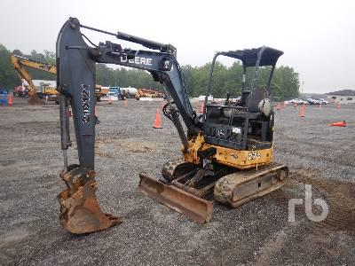 2011 JOHN DEERE 27D Mini Excavator (1 - 4.9 Tons)