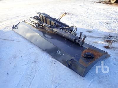 2003 VOLVO G746B 12 Ft Motor Grader Snow Wing