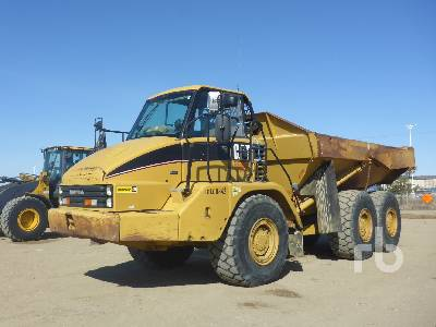 2005 CATERPILLAR 725 6x6 Articulated Dump Truck