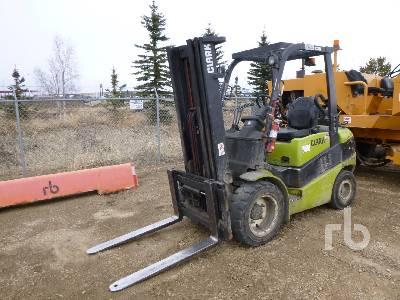 2005 CLARK C30L Forklift
