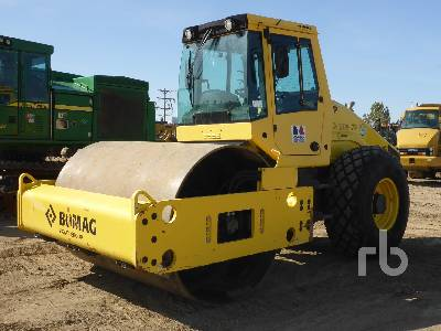 2015 BOMAG BW211D-50 Vibratory Roller