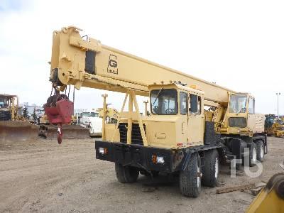 1975 GROVE TM250 25 Ton 8x4x4 Hydraulic Truck Crane