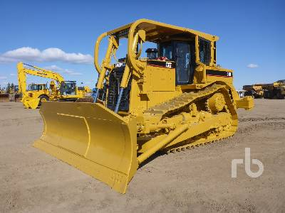 2004 CATERPILLAR D8R Series II Crawler Tractor