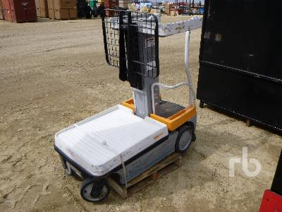 CROWN WAV50-118 Personal Lift Electric Forklift