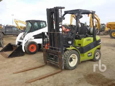 2013 CLARK C30L Forklift