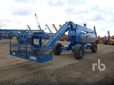2006 GENIE Z135/70 4x4x4 Articulated Boom Lift