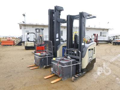 CROWN RR5020-35 Qty Of 2 Electric Forklift