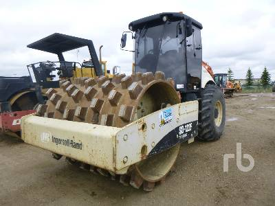 2005 INGERSOLL-RAND SD122F TF Vibratory Padfoot Compactor