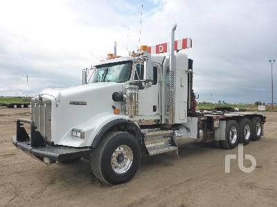 2012 KENWORTH T800 Tri Drive Sleeper Texas Bed Winch Tractor