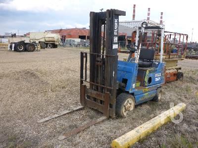 1990 CLARK GCX20 Forklift