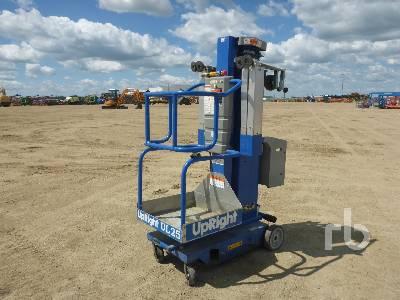 UPRIGHT UL25 Electric Vertical Mast Boom Lift
