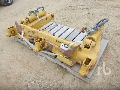 CATERPILLAR Crawler Tractor Ripper