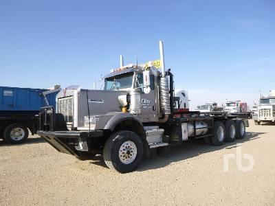 2004 KENWORTH C500B TrI Drive Texas Bed Winch Tractor