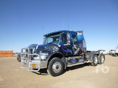 2008 FREIGHTLINER M2112 T/A Sleeper Winch Tractor