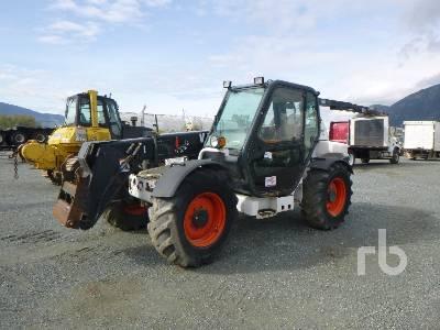 BOBCAT V723 4x4 Telescopic Forklift