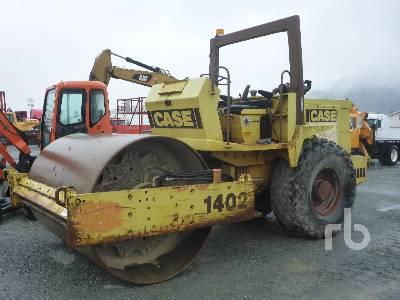 CASE W 1402 D Vibratory Roller