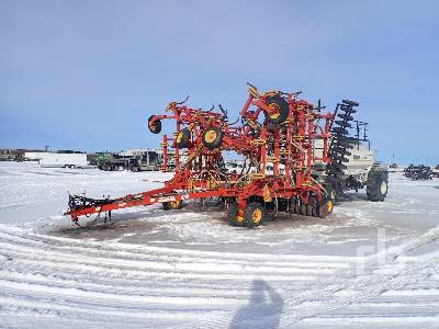 1998 BOURGAULT 5710 Air Drill
