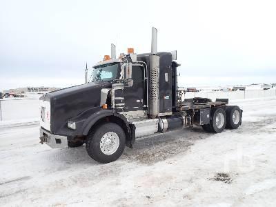 2011 KENWORTH T800 T/A Sleeper Winch Tractor