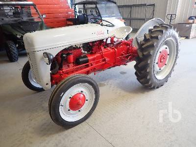 1945 FORD 9N Antique Tractor
