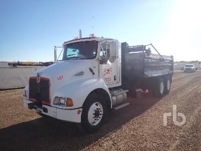 2006 KENWORTH T300 Dump Truck (T/A)