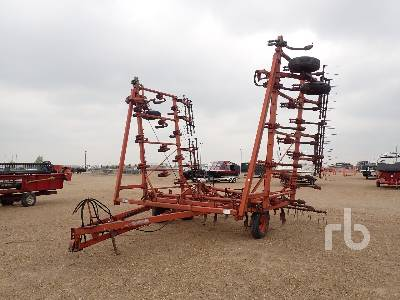 1979 204 40 Ft Cultivator