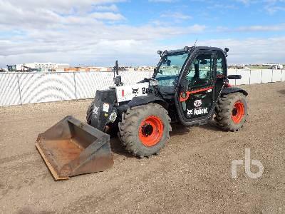 2019 BOBCAT V519 Telescopic Forklift