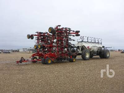 2013 BOURGAULT 3320 73 Ft Air Drill