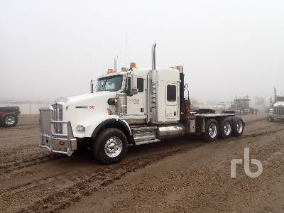 2012 KENWORTH T800 Tri Drive Sleeper Winch Tractor